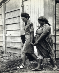 ישראל חי בנו רוטנברג עם עובד 1966 בדרך לשיעור סגולה צולם 1965