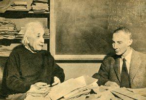 איינשטיין ואופנהיימר013